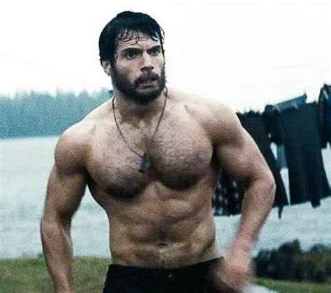 Henry Cavill Workout Routine for Man of Steel | Celebie