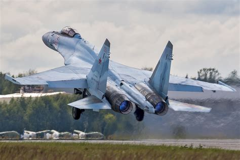 Russia's Su-35 Fighter Needs an Enemy to Kill | The