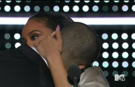 Drake's Speech for Rihanna at the VMAs Brought Out All of