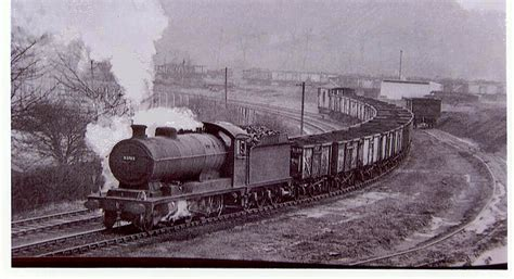 The Steam Locomotive in the Industrial Revolution