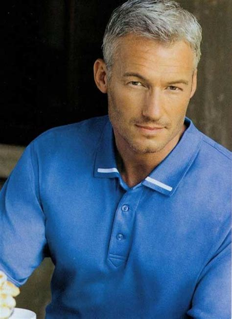 Cool and Modern Hairstyles for Older Men | The Best Mens