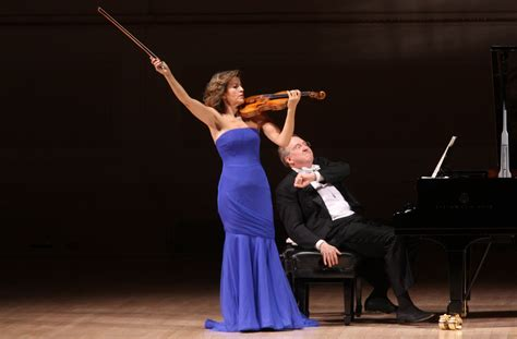Anne-Sophie Mutter Returns to Carnegie Hall - The New York