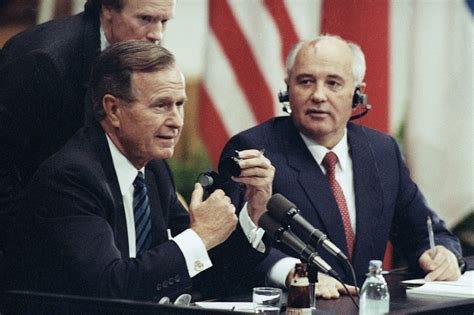 Gorbachev wins Nobel Peace Prize, Oct