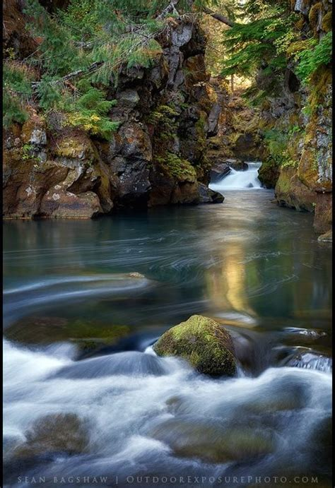 Capturing Oregon: Photographing The Rogue River Gorge