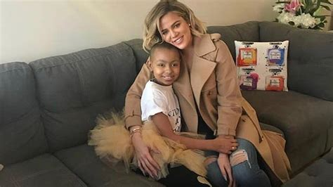 Khloe Kardashian Meets With Young Cancer Patient -- See