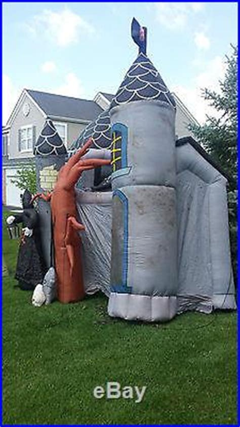 RARE Gemmy Airblown Inflatable 17′ Halloween Haunted House