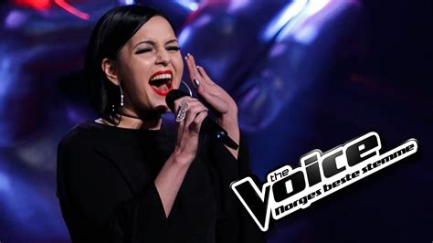 Tina Indrevær - Girl On Fire | The Voice Norge 2017