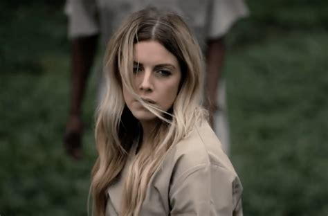 Lindsay Ell Wreaks Havoc in New Video for 'Criminal'