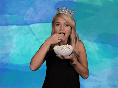 Eating Popcorn GIFs - Find & Share on GIPHY