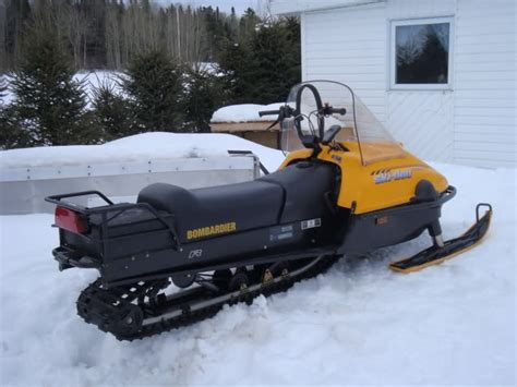 Review of BRP Ski-Doo TUNDRA R 2000: pictures, live photos