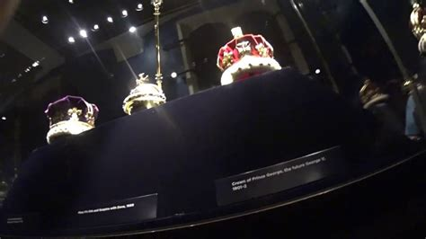 Tower of London, the crown Jewels - YouTube