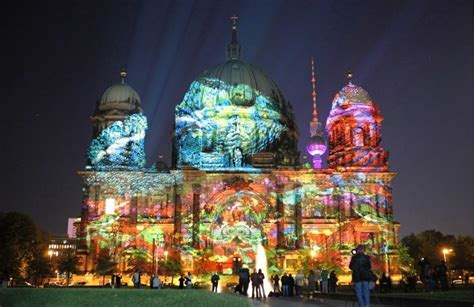 Berlin Dazzles in Festival of Lights (PHOTOS)