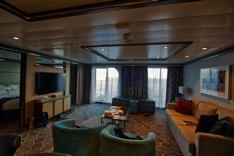 Photo tour of Owner's Suite on Royal Caribbean's Harmony