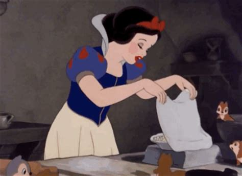 15 perfectly satisfying Disney food moments